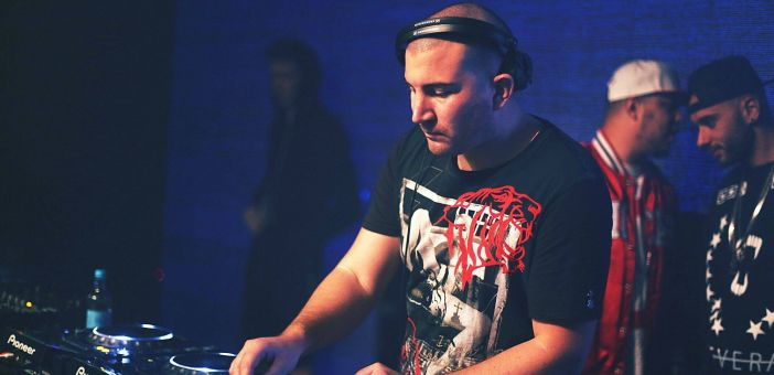 Weekends Matter July 2015 - Guest Mix Ryan Blyth